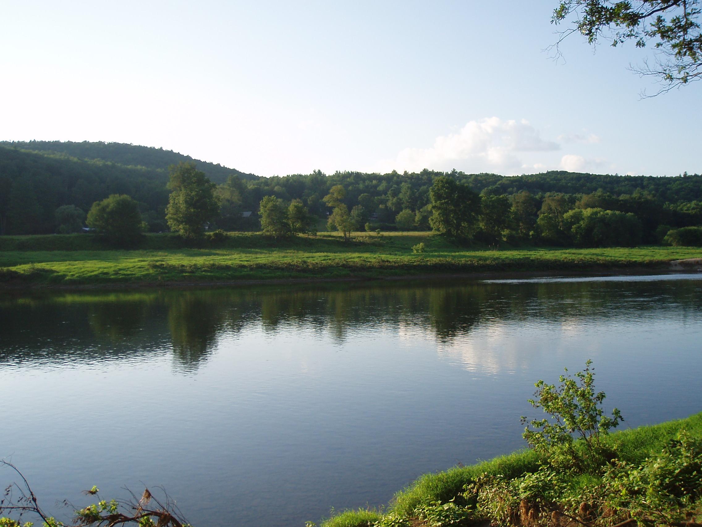 http://cacarrozza.com/wp-content/uploads/2010/07/Delaware-River1.jpg